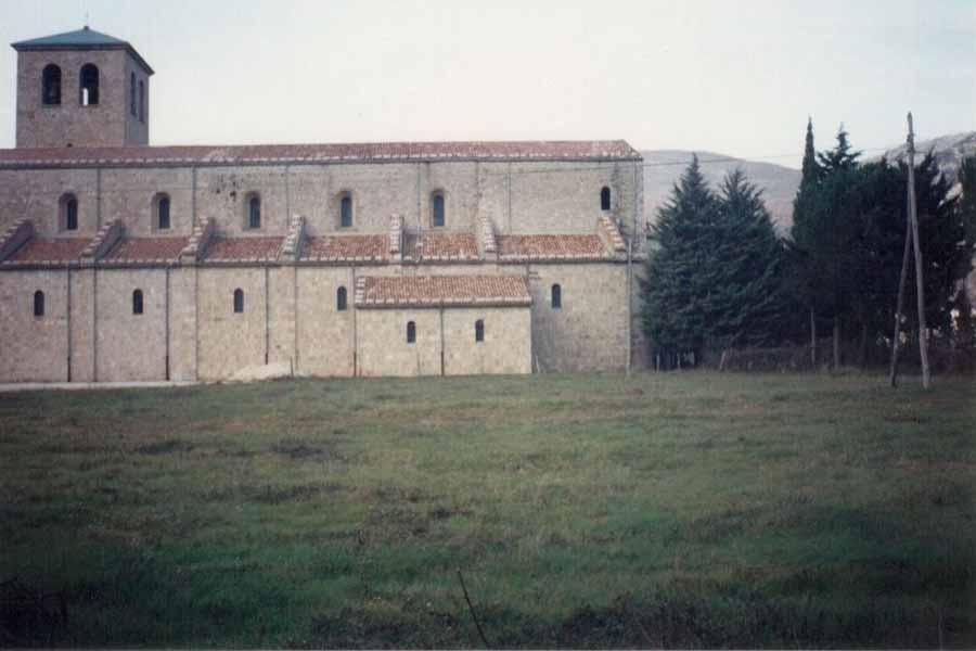 Abbazia-San-Vincenzo-al-Volturno-Buono-Costruzioni