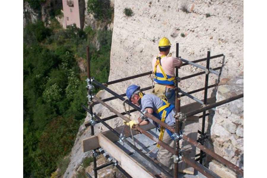 Castello-Sanfelice-in-Bagnoli-del-Trigno-04