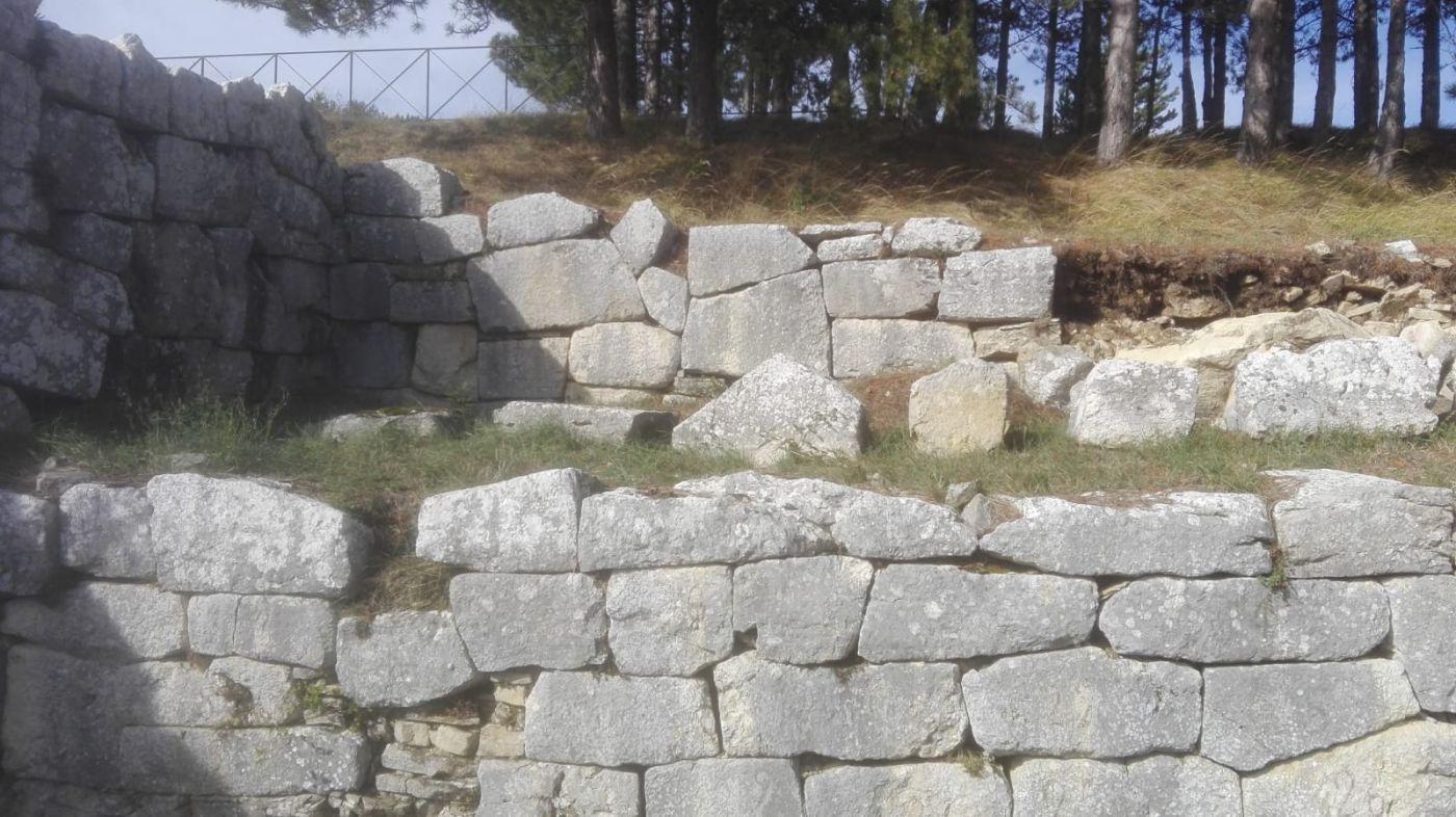 area-archeologica-pietrabbondante-1